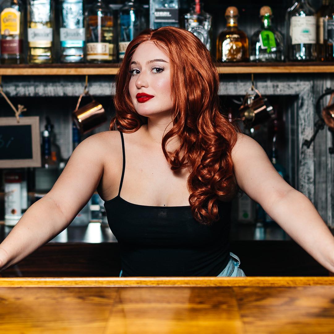 bar tender tavern photo